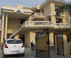 paying guest , pg in panchkula, pg for girls, pg rooms ,panchkula, pg girls, paying guest accomodation, pg for girls in panchkula, ,pg panchkula, pg in panchkula, paying guest panchkula front view